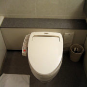 6 ways to stop your toilet from sweating and 1 tip that won't help